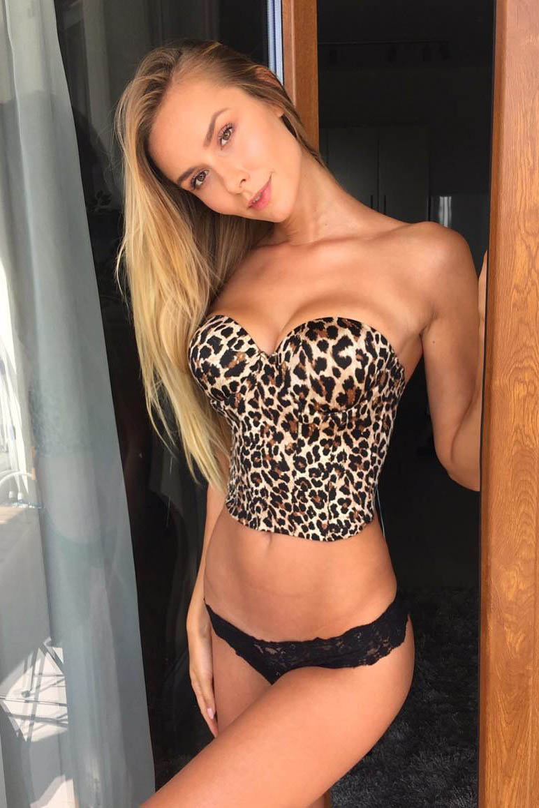 Эскорт модель Валентина